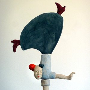Feet in the Air, stoneware/concrete, h 60 cm